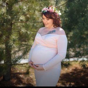 Maternity photo shoot dress.